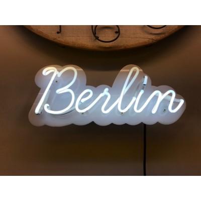 Neoninis užrašas Berlin