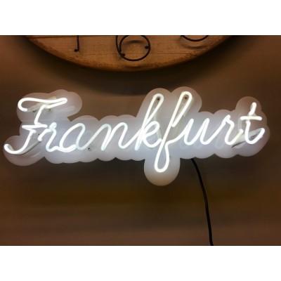 Neoninis užrašas Frankfurt